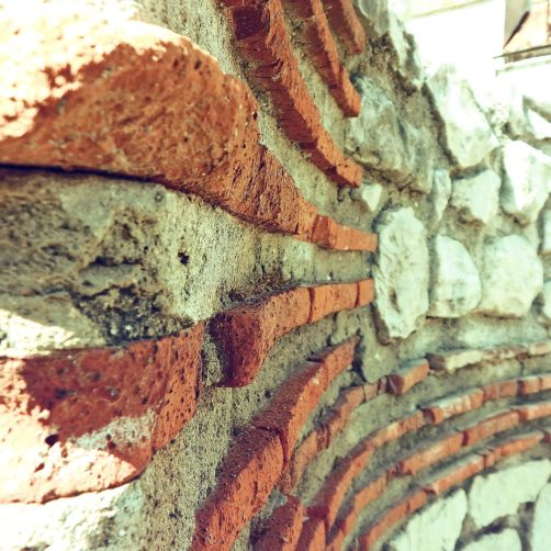roman-wall-811807_1920
